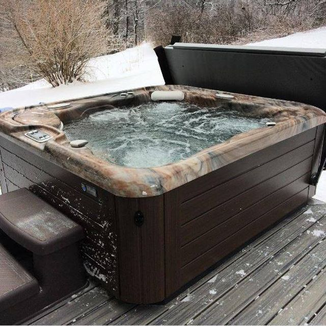 How Much Does My Hot Tub Cost to Run in Winter? | Hot Spring Spas